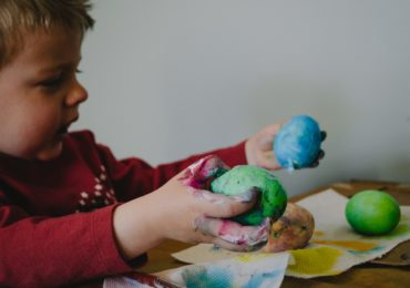 Decorating Easter Eggs With Your Child Of Any Age