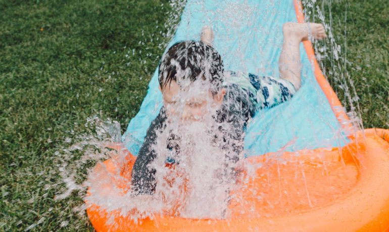 Helping Your Active Child Stay Cool This Summer