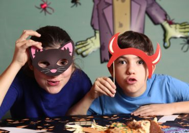 Helping Preteens Choose Moderate Halloween Costumes